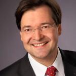Schütz Im Gespräch mit Prof. Dr. Bauer